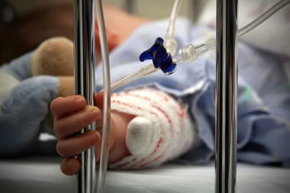 Polmonite, nel 2018 ha causato la morte di 800 mila bambini nel mondo